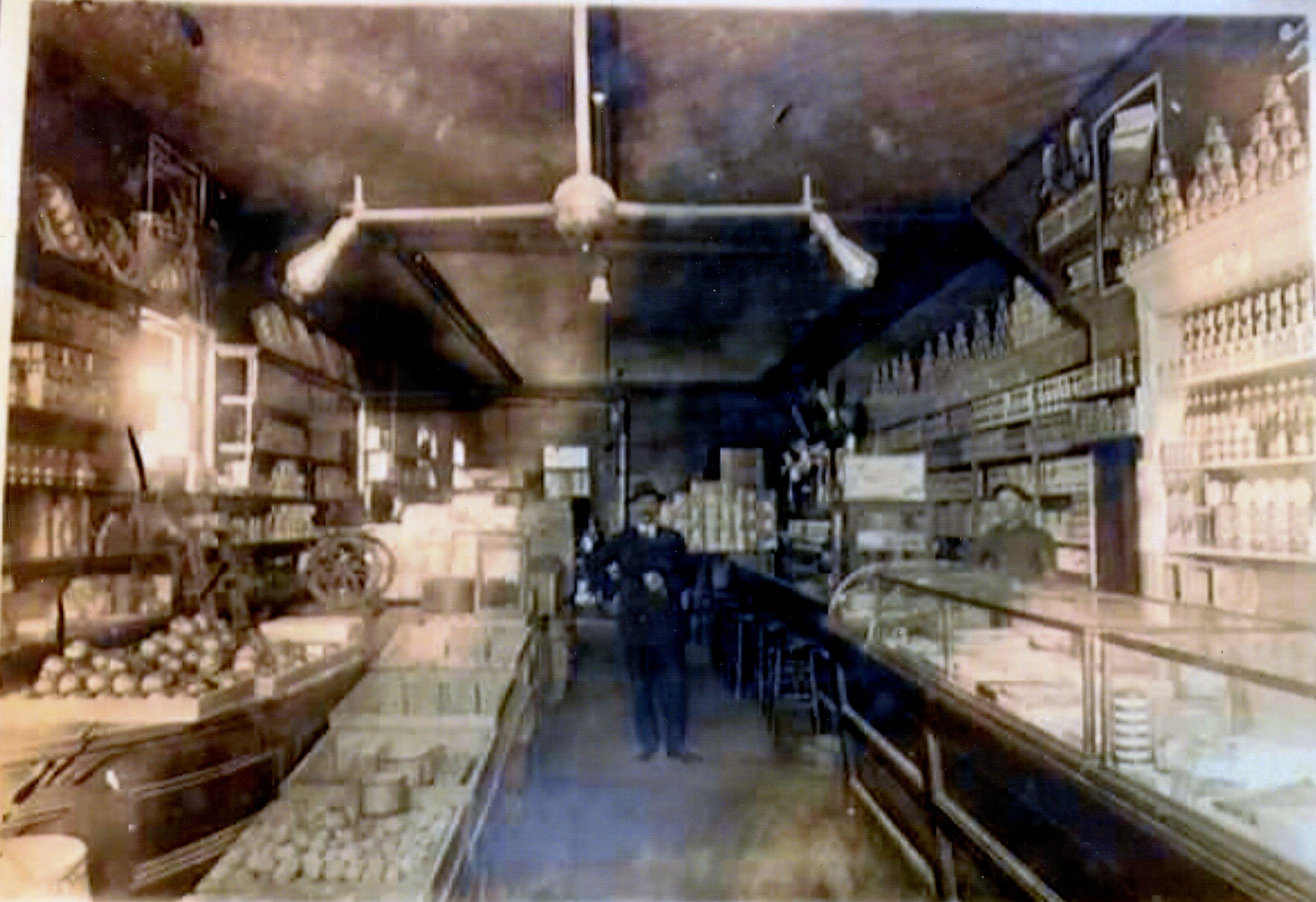 Vintage Photo: Interior